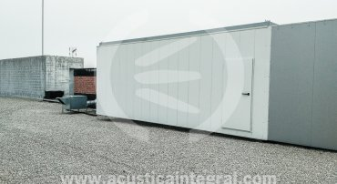 Acoustic barrier for air-conditioning equipment