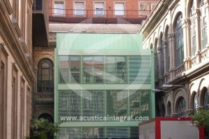 ZZZ - Acoustic Barrier for air conditioning plant in Barcelona's Hospital Centre